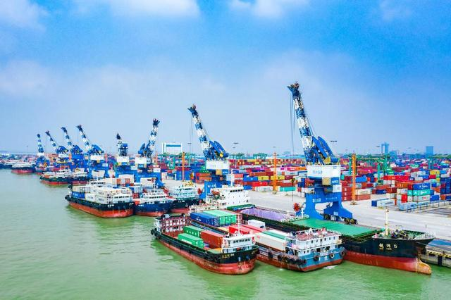 广东省首批8艘内河船舶率先实施LNG动力改造